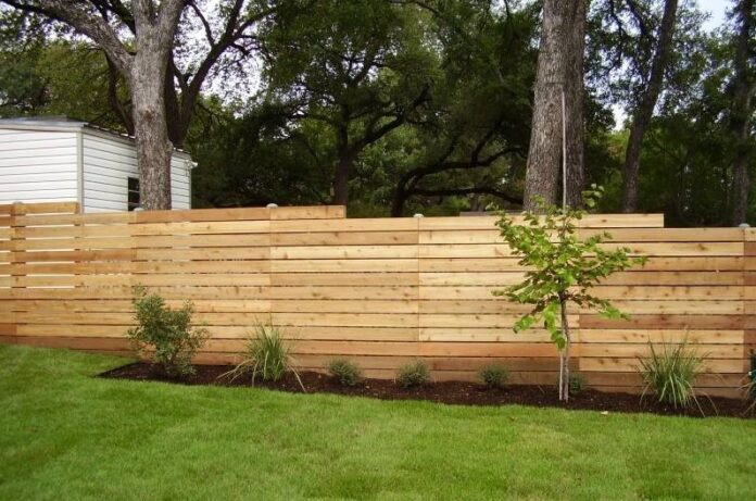 Advantages of Hiring a Pro Fence Contractor